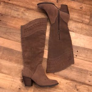 Tall suede boots NWOT stagecoach